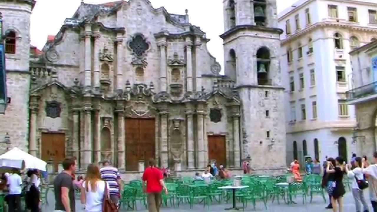 plaza de la catedral de la habana cuba  platz der