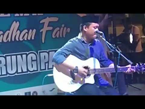 Hidup Hanya Sementara (UNGU) Cover Vertical Band(