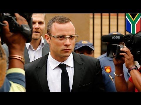 Oscar Pistorius Murder Trial: Bladerunner struggles to defend himself