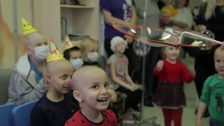 """""""Дети в больнице"""": маленьких пациентов лечили улыбками"""