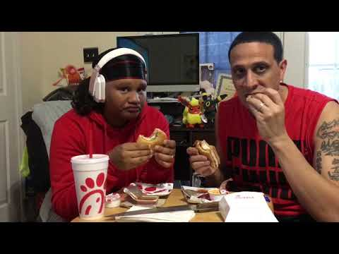 Chick-fil-A Vs KFC Vs Popeyes (Who Got The Better Chicken Sandwich)!