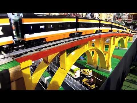 Lego train TGV 10233  horizon express running  Diemoz 2013  Briqu'Expo