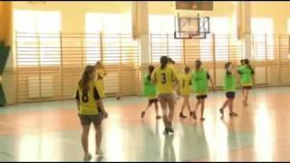 Igrzyska młodzieży szkolenj - koszykówka dziewcząt - Czchów, 9.02.2012