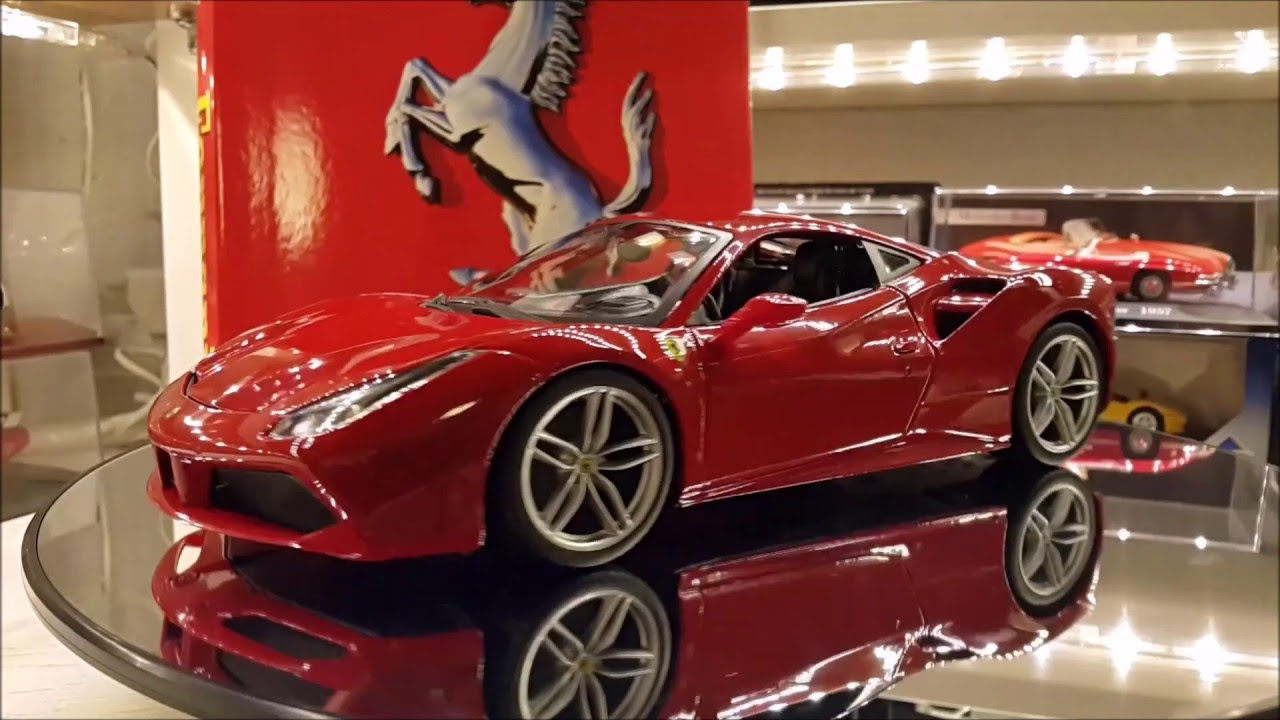 ferrari 488 gtb 1 18 bburago youtube. Black Bedroom Furniture Sets. Home Design Ideas