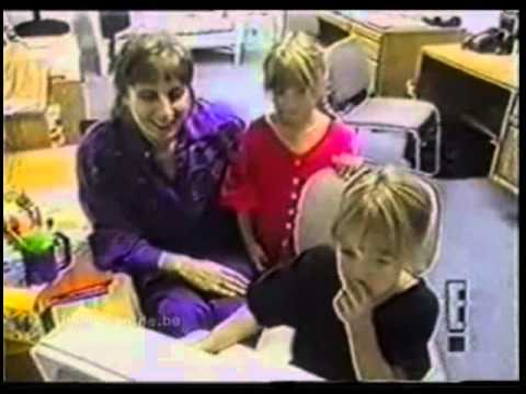 Mary-Kate and Ashley Olsen - celebrating holidays with their Dad from YouTube · Duration:  4 minutes 1 seconds