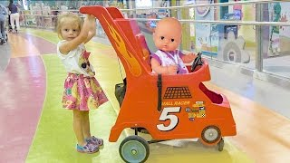 Кукла Беби Борн и Настя КАК МАМА Baby Born doll and little girl play to indoor playground for kids