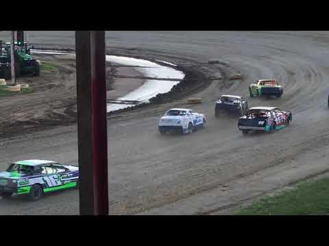 7W Waldorf Racing 6-30-18 Heat Race Viking Speedway
