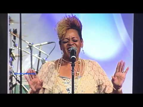 The Clark Sisters: Blessing Me/I've Got An Angel