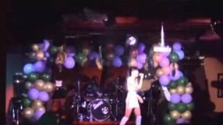 """Helena Ngoc Hong """"May Lang Thang"""" @ V3 Club, Virginia - 1/22/11"""