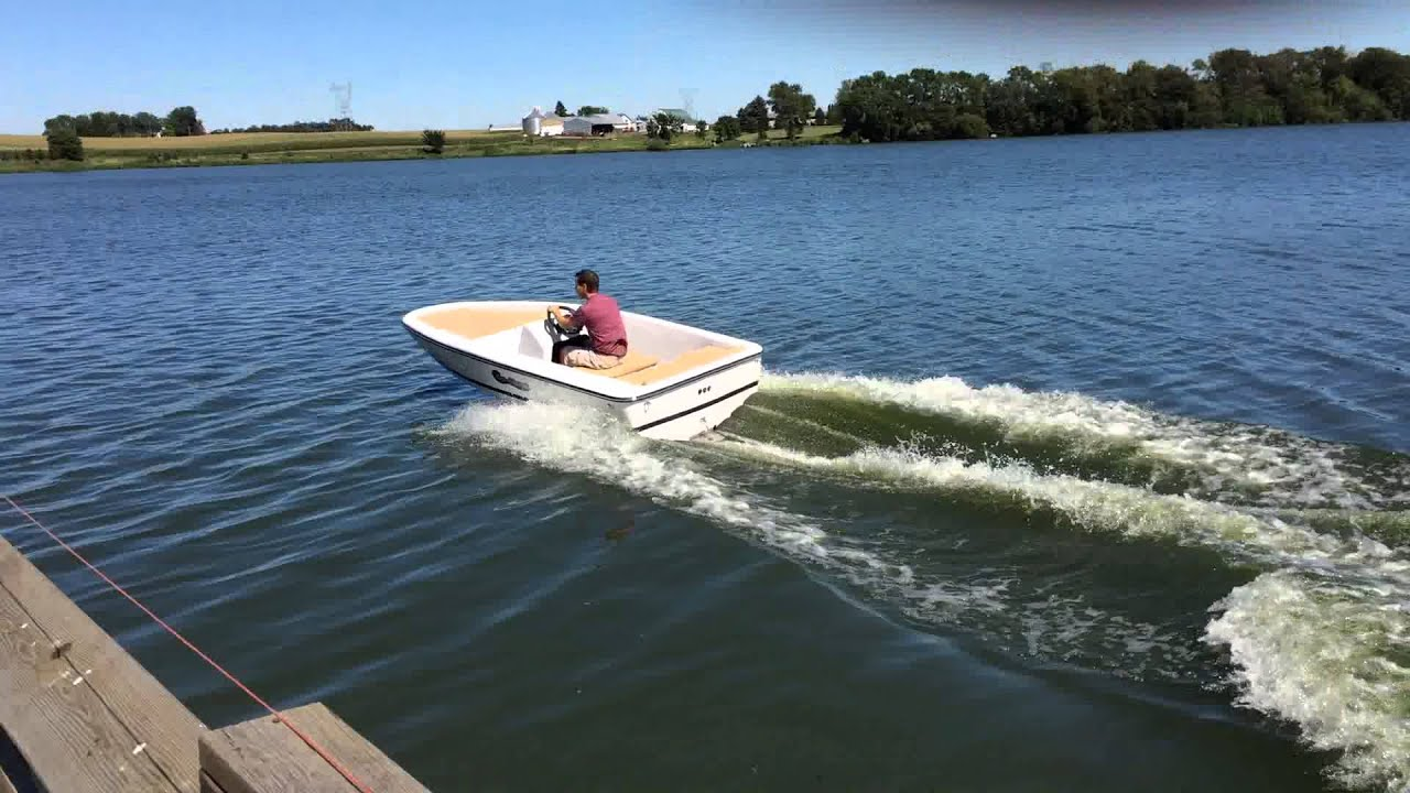 Fast Electric Boat - YouTube