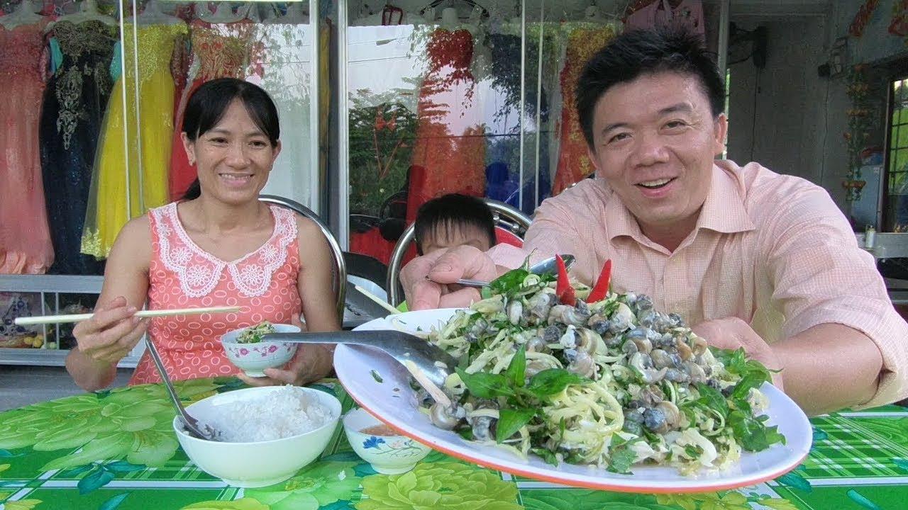 Món ăn dân dã ngày tết gỏi bắp chuối hột,ốc đồng chua ngọt miền quê