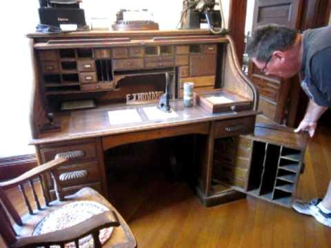Secret Desk