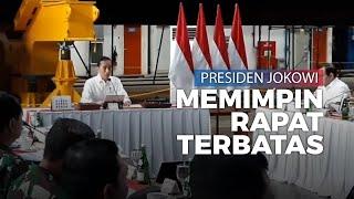 Disamping Kapal Selam KRI Cakra-401, Jokowi Pimpin Ratas Strategi Pertahanan dan Alusista