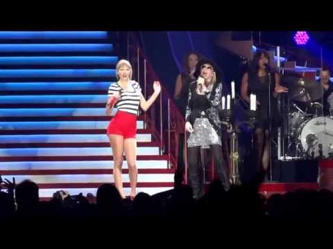 Youre So Vain  Taylor Swift and Carly Simon  Gillette Stadium