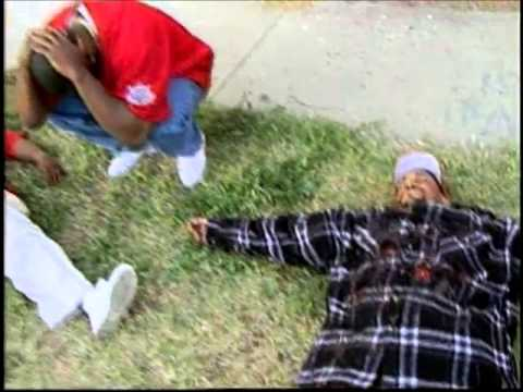 Crips vs Bloods - YouTube