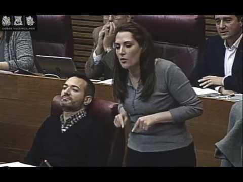 Marian Campello denuncia el #CasDagda a les Corts #LaNostraSalutNoÉsElVostreNegoci