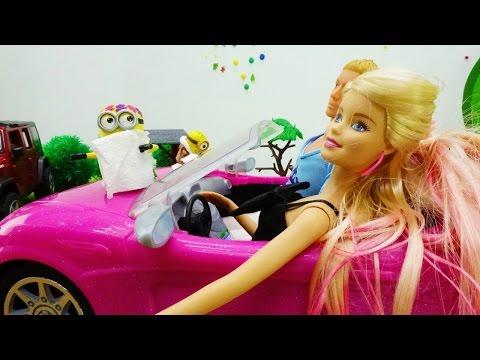 Кукла Барби за рулем МАШИНЫ: Кен и Барби едут на мойку. Мультики для девочек