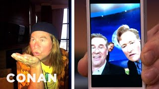 Val Kilmer Shows How To Take The Perfect Selfie