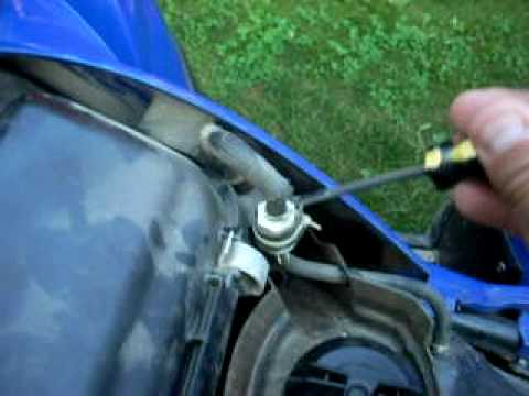 Fixing The Bubbling Gas On A 2007 Yamaha Grizzly 700 Youtube