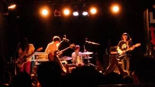Kinoko Teikoku performing Paranoid Parade (from Long Goodbye) at Le...