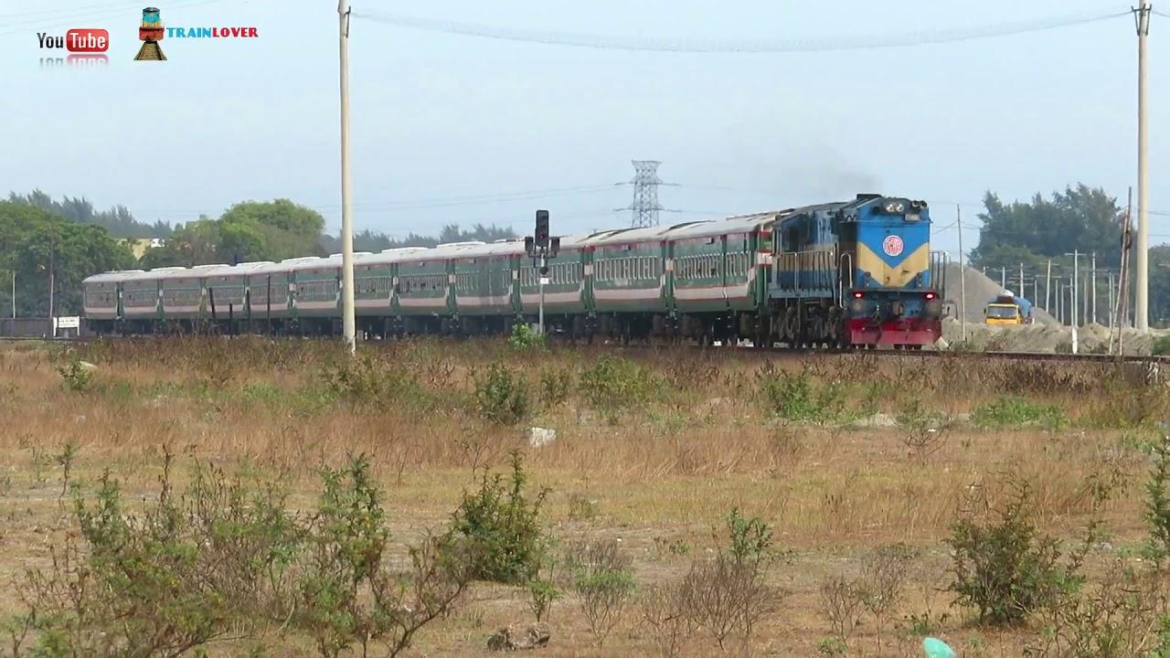 PT INKa Ekota Express passing BBW Railway Station Area     Dhaka Panchagarh Train   ??