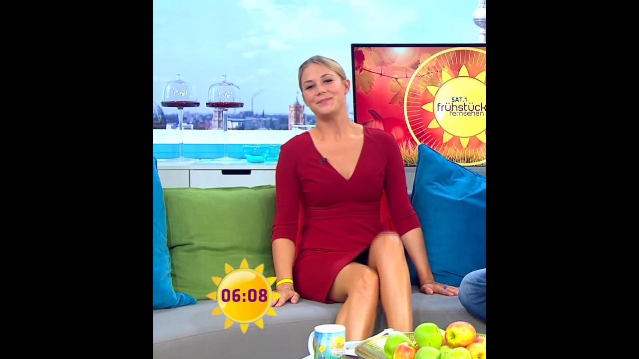 Alina Merkau Sat.1 FFS 29.09.2015 - YouTube