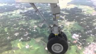 দেখুন কিভাবে চট্টগ্রাম বিমান বন্দরে USBangla এর বিমানটি ল্যান্ড করল (অসাধারন)।। CTG Airport Landing