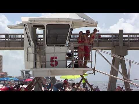 The Robinson Response: Spring on Pensacola Beach