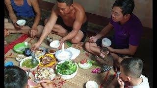 Baby Monkey   Doo Family Visits Grandparents (Mom's Parents)