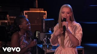 Iggy Azalea - Fan Award Presentation (Vevo Certified SuperFanFest)