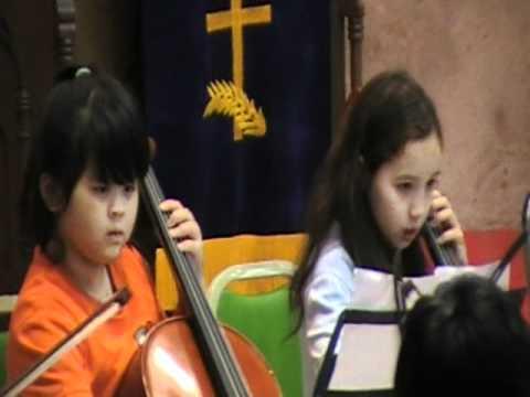 2010/11-28 Jasmine's cello performance (Edelweiss)