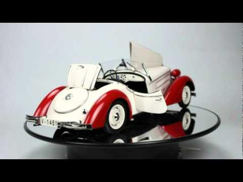 Audi 225 Front Roadster 1935 diecast model car CMC m075c