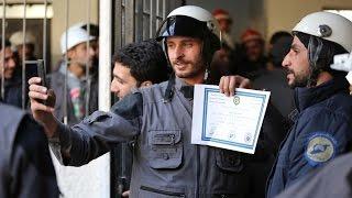 أخبار عربية - الخوذ البيضاء وملهم التطوعي.. أبطال يتوجهم اليوم العالمي للتطوع