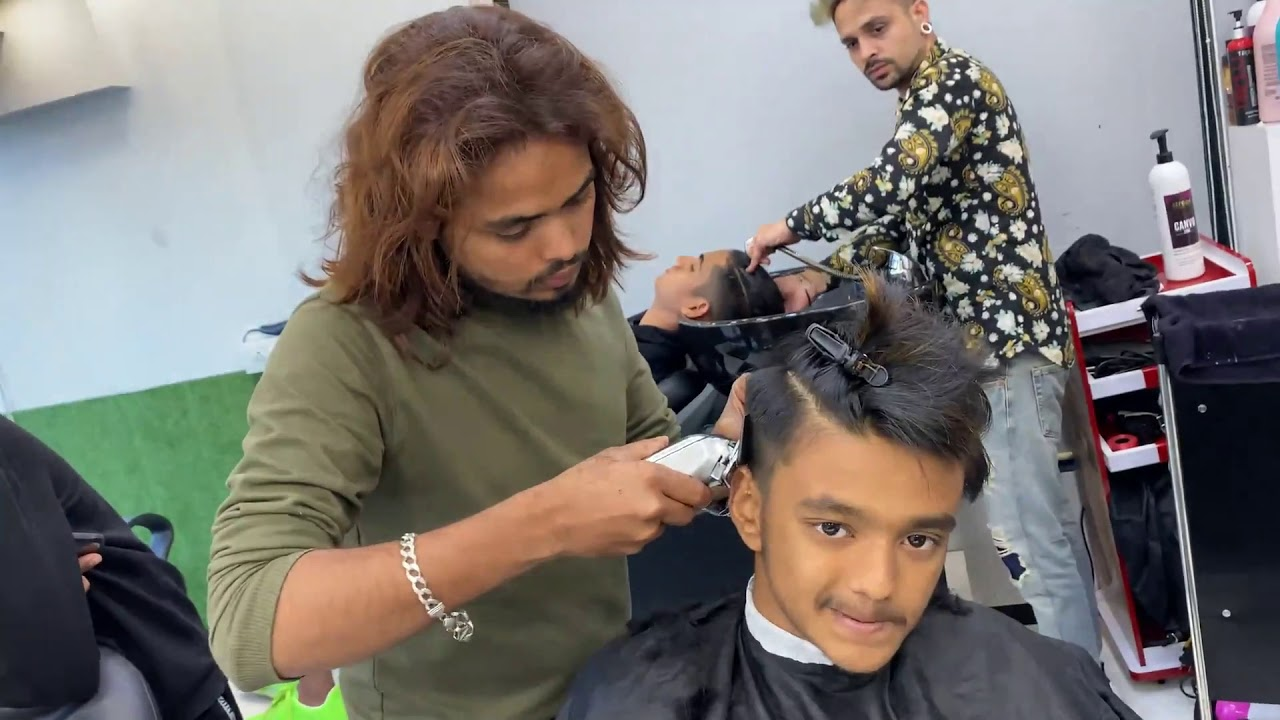 Hair cut & De- Tan ft SRK- Oye Its Prank  Shanuzz Salon
