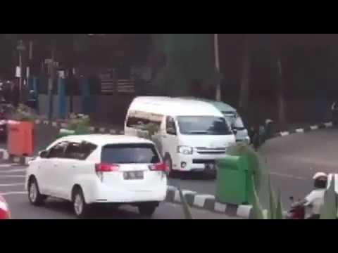 Demo angkot di Tangerang...03/08/2017