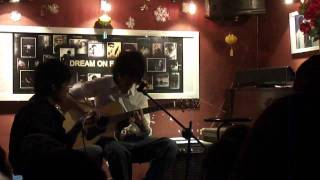 Sunflower - Tùng A.G. in Guitar Phương Đông Minishow Jan 13, 2012