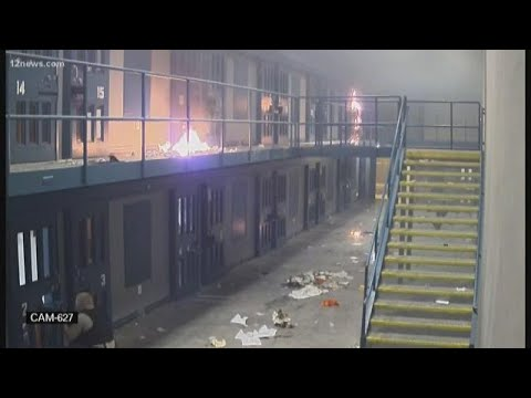 Video Captures Inmates Setting Fires Inside Lewis Prison