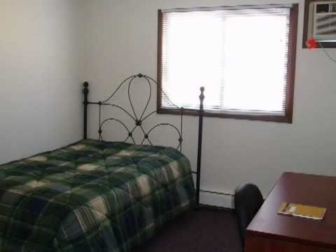 Kirkwood Student Housing - College Terrace Apartments, Cedar Rapids IA