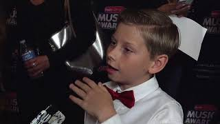 Mason Ramsey Interview at the 2018 Radio Disney Music Awards