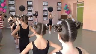 Видеоролик Урок по развитию физических данных дети 6 8 лет