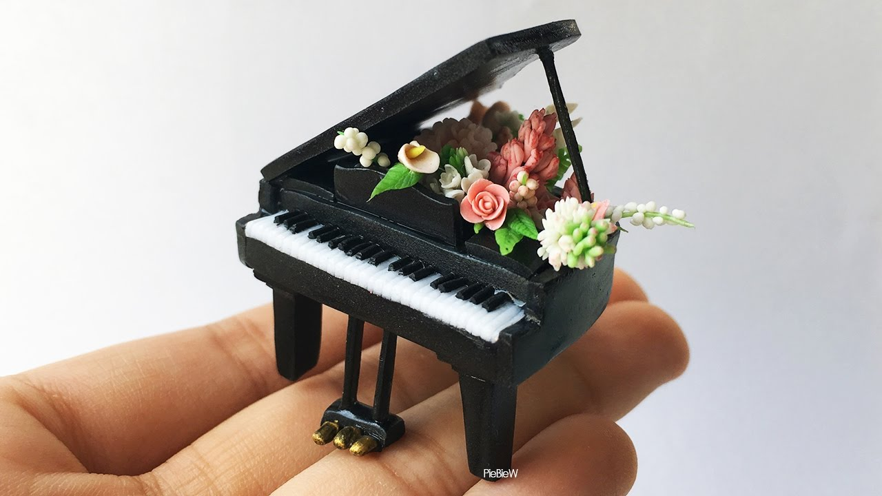 Miniature Polymer Clay Flower Piano