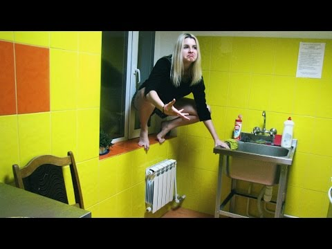 RUSSIAN DORMITORY TOUR//STUDENT LIFE IN RUSSIA