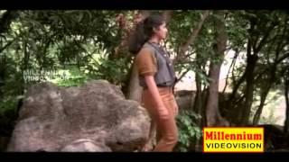 Sangamam Ee Poomkaavanam || Koodum Thedi || Malayalam Film Song