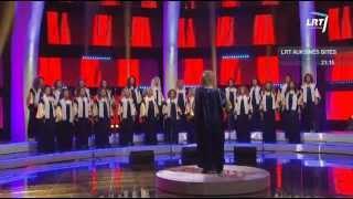 """Lietuvos balsai @ Merginų choras """"Viva"""" atliko šiuolaikinį kūrinį anglų kalba"""