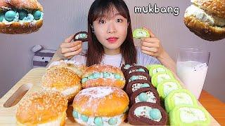 MUKBANG 민트초코 쌀크림 도넛과 롤케익 민초 멜론 맛 디저트 먹방 🍈 MINT CHOCO CREAM DONUT ROLL CAKE Dessert asmr クリームドーナツ