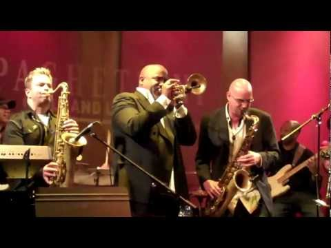 Cantaloupe Island - Jam Session @ Spaghettini's (Smooth Jazz Family)