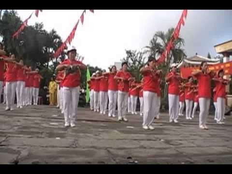 CLBDS Công viên  Đồng diễn bài Song Lang