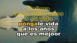 Ricardo Arjona - Señora de las Cuatro Decadas karaoke