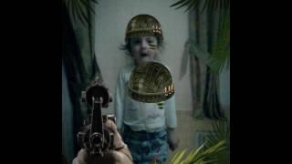 Военный фильм где стреляет девочка и йо-йо невидимый друг