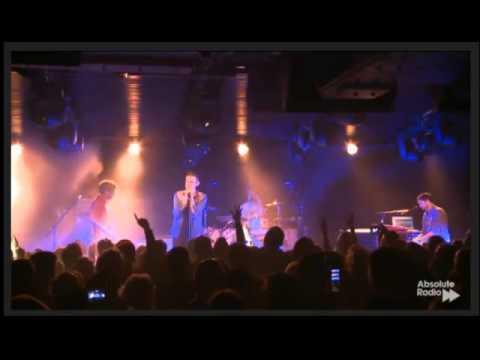 Keane - Bohemian Rhapsody (Queen Cover) - Absolute Radio - Under The Bridge 14.11.2013